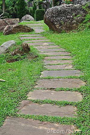 chemin en pierre de jardin pierres