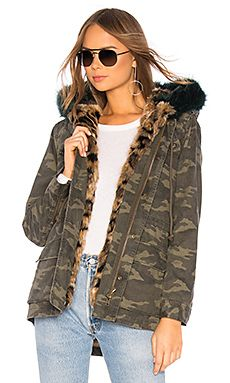 Chic Parka With Faux Fur Pam Gela - Women s fashion Coats Jackets.   595   nanaclothing from top store 37aa52067c147