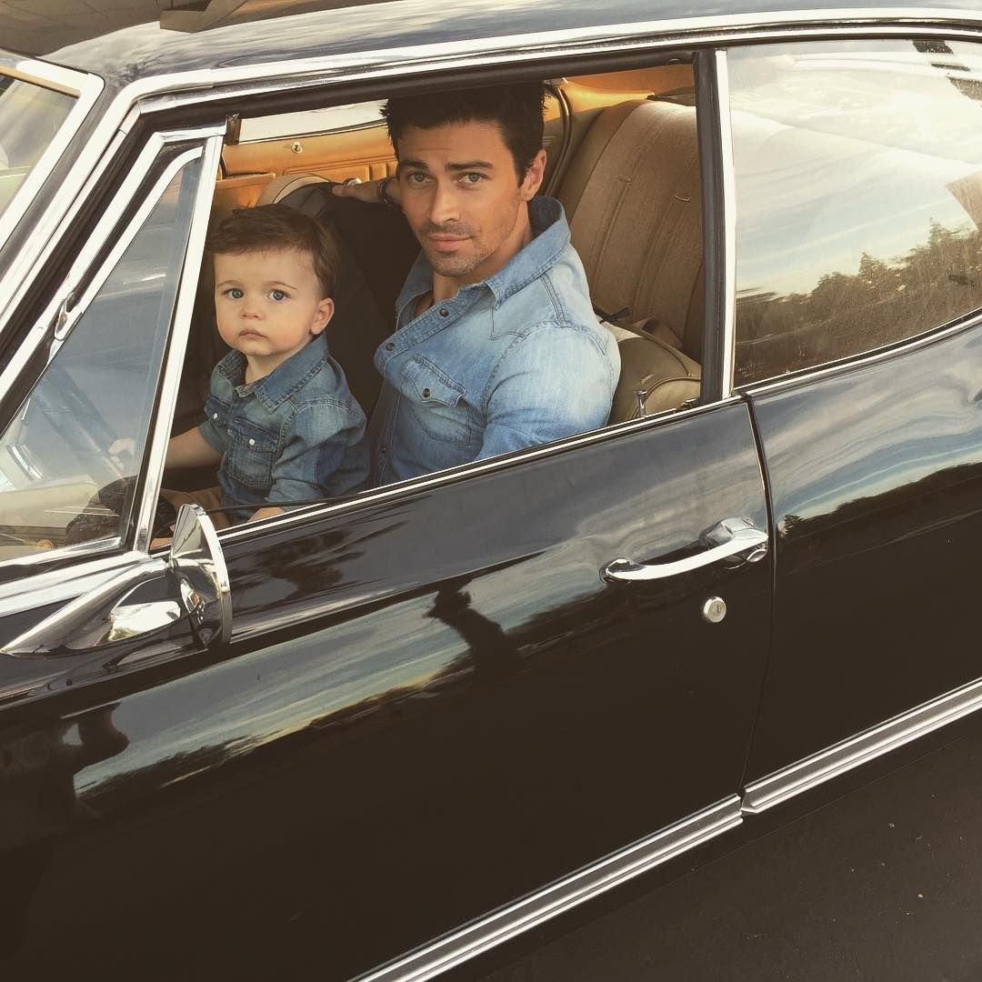 @thecw @cw_supernatural John Winchester and son Dean. How's this for a spinoff pitch? You're welcome #SPNFANDOM #SupernaturalPrequel