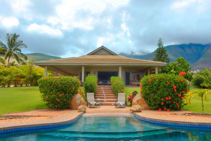 a romantic honeymoon cottage in maui romantic getaways