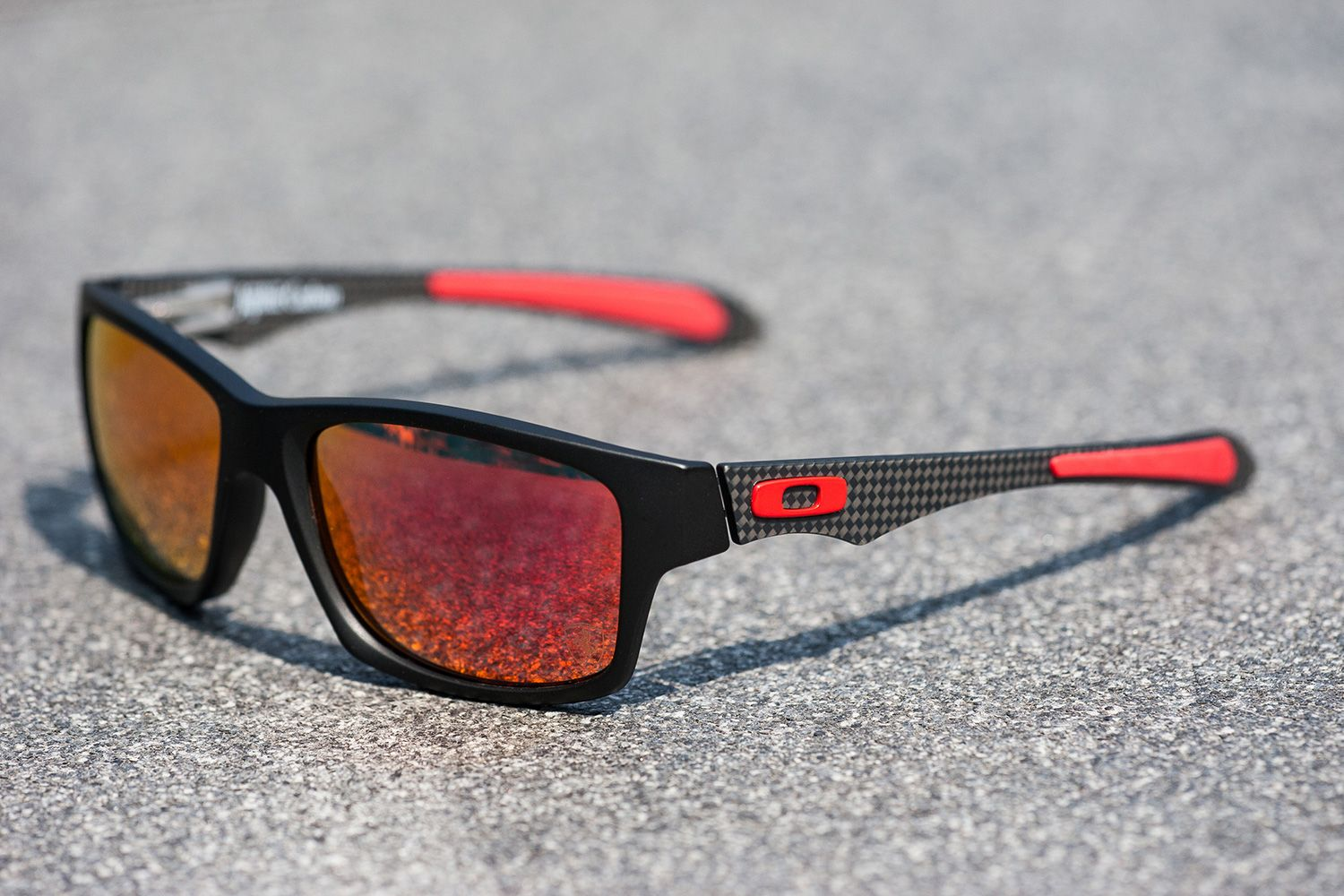 8c1e0eb2ae Who doesn t love a  Ferrari   Oakley  Jupiter  Carbon  Sunglasses ...