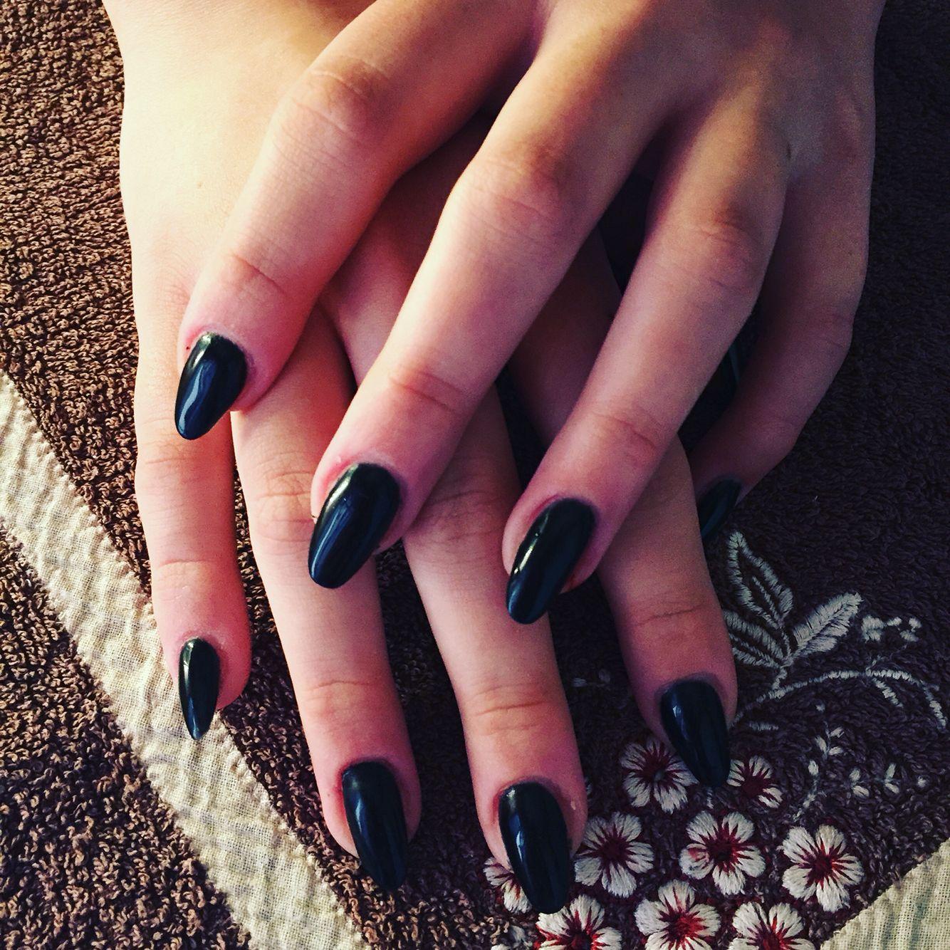 Ricostruzione Unghie A Mandorla Nero Beatrice Nails Nails