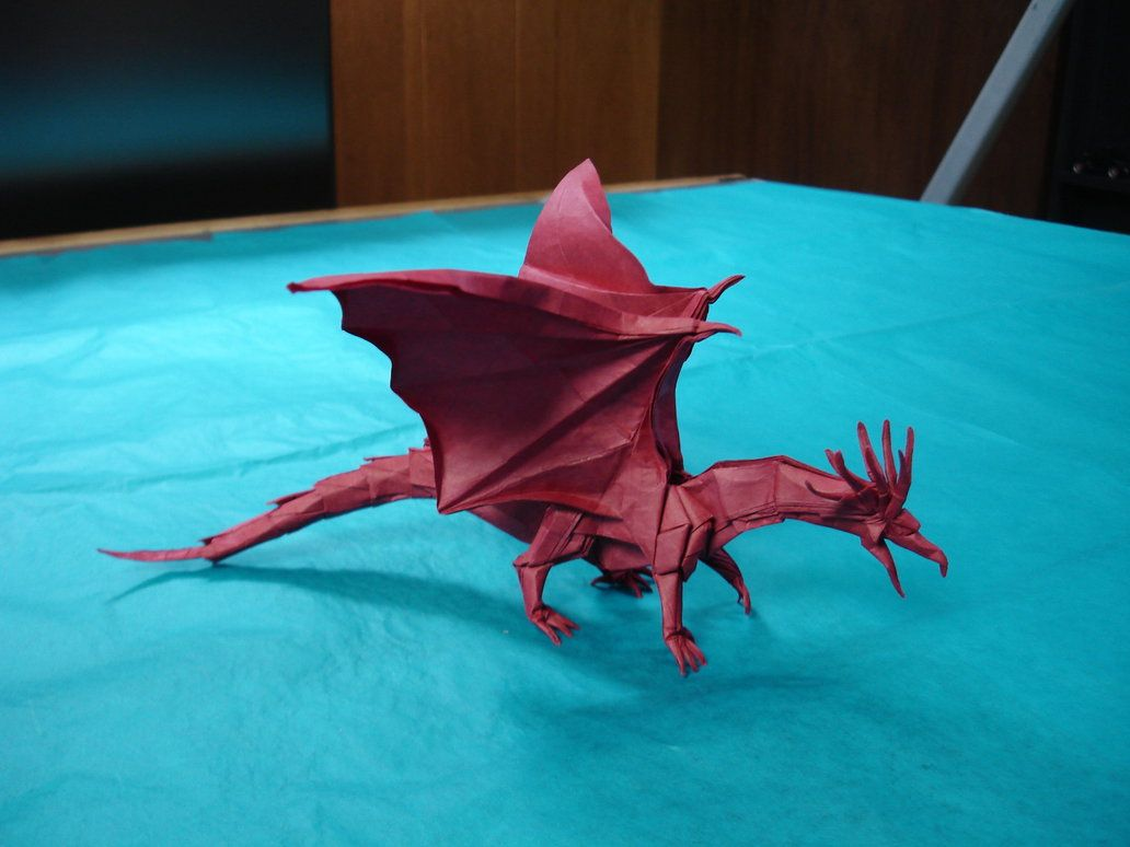 """First attempt of Robert Lang's new wasp! Diagrammed in: Origami masters: Bugs Folded from: one 16"""" square of Origamido Size: ~4"""" long Time spent folding: ~8 hours"""