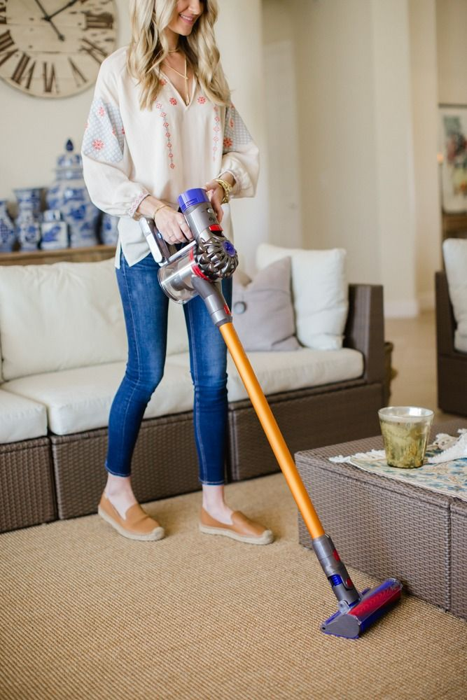 Dyson Cordless Vacuum Registry Favorite From Bed Bath Beyond