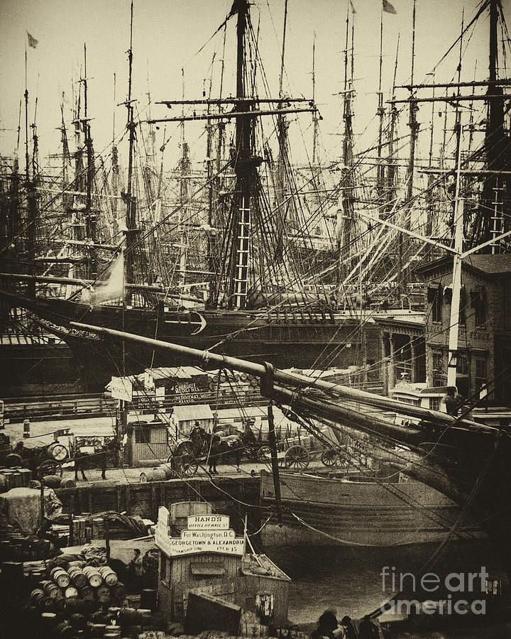 Ships docked in New York City late 1800s. Description from pinterest.com. I searched for this on bing.com/images