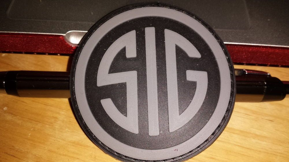 Sig Sauer Velcro Patch | Stuff to Buy | Velcro patches, Sig