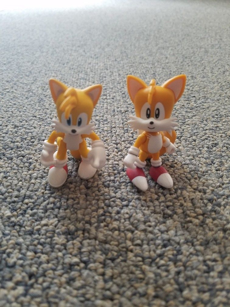 15 99 Tomy Classic Modern Tails Sonic The Hedgehog 2 Pack 3 Figure Loose Tomy Classic Modern T Tails Sonic The Hedgehog Tomy Sonic The Hedgehog