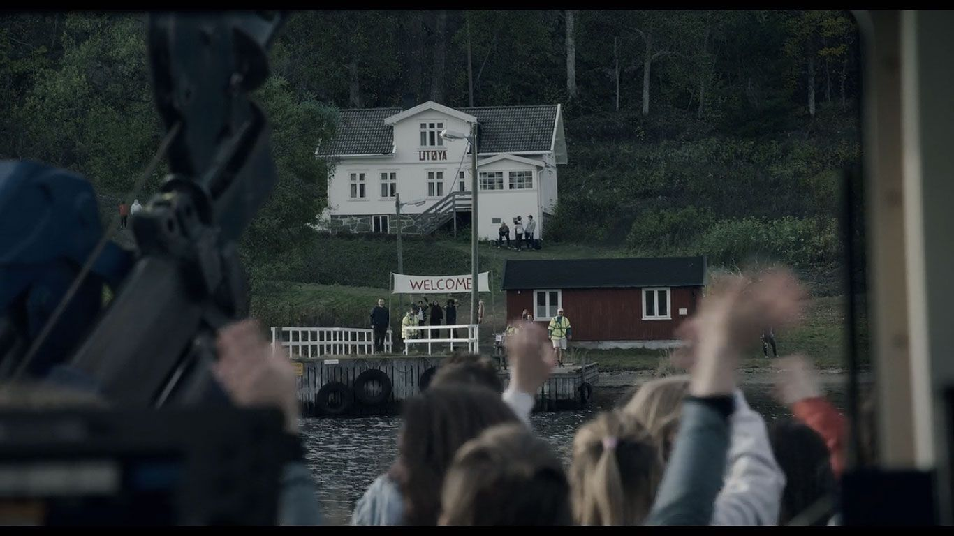 AUF campers on the way to Utøya Island in the Netflix film