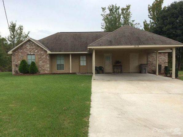 View 9 photos of this 3 bed, 2.0 bath, 1416 sqft single family home located at 5638 Country Ln, Baker, LA 70714 that foreclosed on 3/9/10 for $143,022.