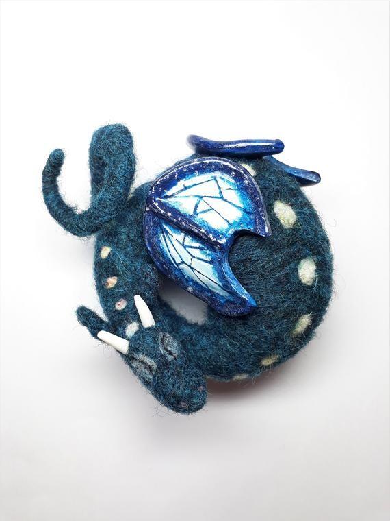 Needlefelt Dragon/ Felted Dragon/ Dragon/ Blue Dragon/ Needle Felted Animal/ Little Dragon/ Dragon Figurine/ Ooak Dragon/ Sleeping Dragon