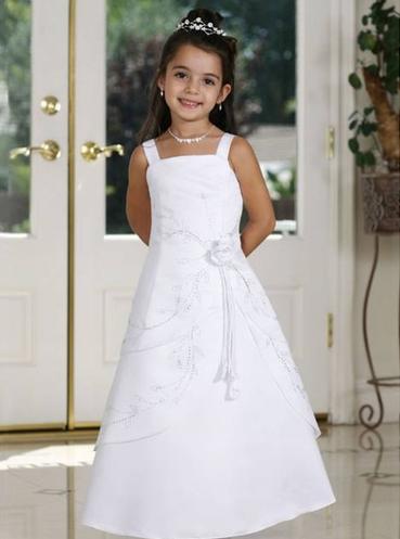 Festliche Kleidung Kinder, Das Weiße Kleid Ist Perfekt An Die Partei ...
