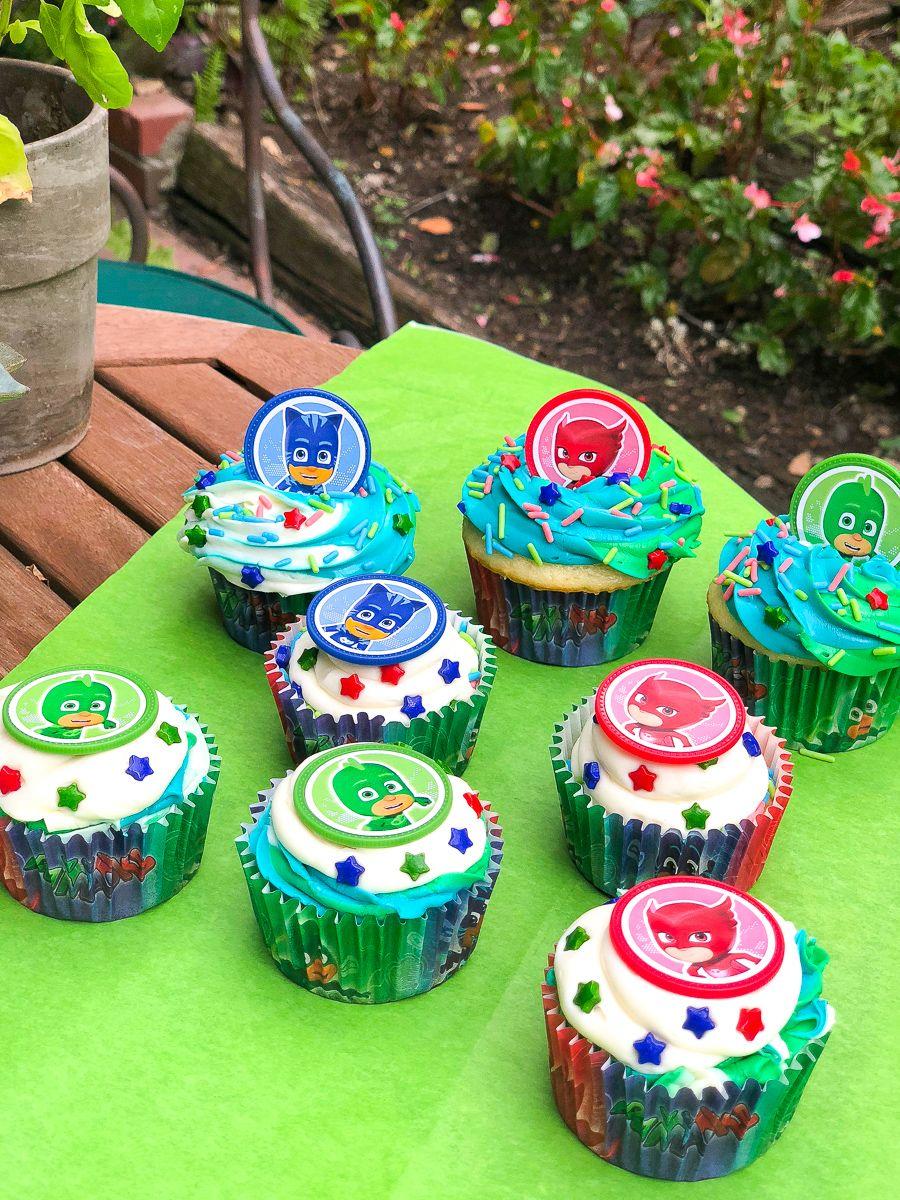 Cupcake Decorating Kits Available At Walmart Birthday Cupcakes Pj Masks