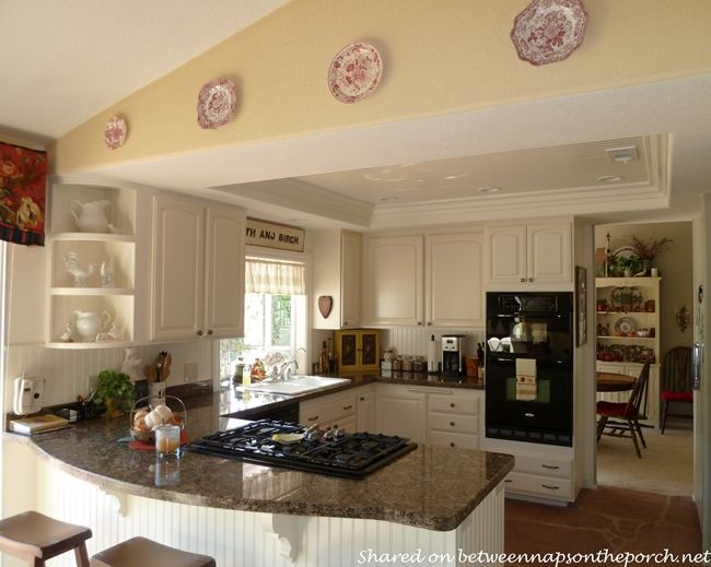 Kitchen Renovation Great Ideas For Small Medium Size Kitchens Kitchen Renovation Kitchen Remodel Layout Kitchen Remodel Small