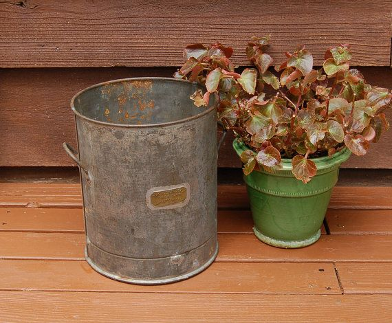 Lincoln Creamery Can Vintage Dairy Bucket by PineSpringsCottage