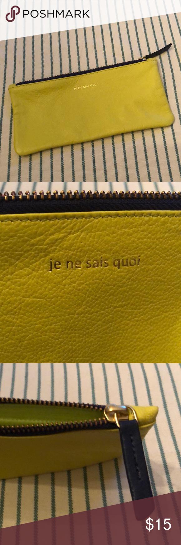 """NWOT Leather """"Je Ne Sais Quoi"""" Zippered Pouch Zipper"""