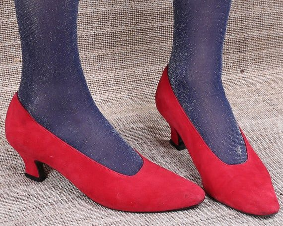US 9 Red Suede Pumps Heels 80s Vintage Party Holiday Shoes Leather Elegant Shoes Bold Red Slip On High Heel Leather Sole . Eur 39.5 Uk 6.5