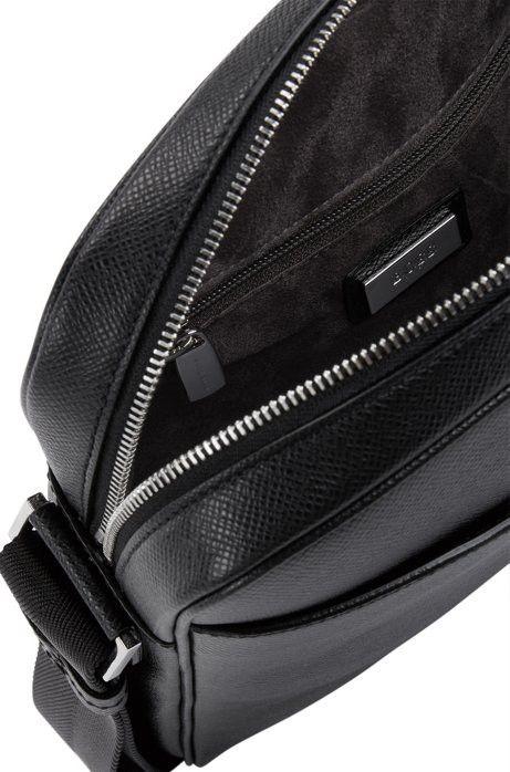 Hugo Boss Calfskin Reporter Bag  4fee2850601be