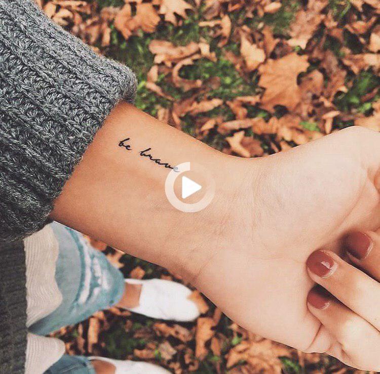 La Mejor Colección De Tatuajes Pequeños En La Muñeca Para Niñas Que Necesitan Inspiración Tiny Tattoos For Girls Wrist Tattoos Small Wrist Tattoos