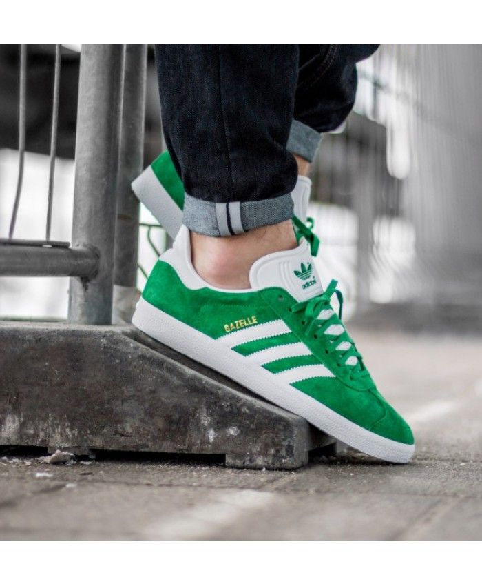 best loved ca3ea bb40a Adidas Gazelle Mens Trainers In Green White Gold Metallic