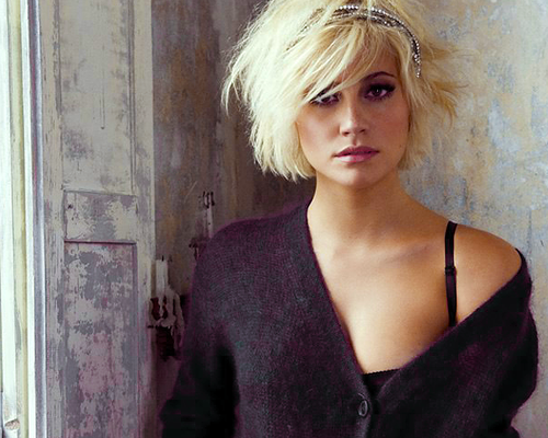 Grown Out Pixie Short Messy Haircuts Messy Haircut Short Hair Styles