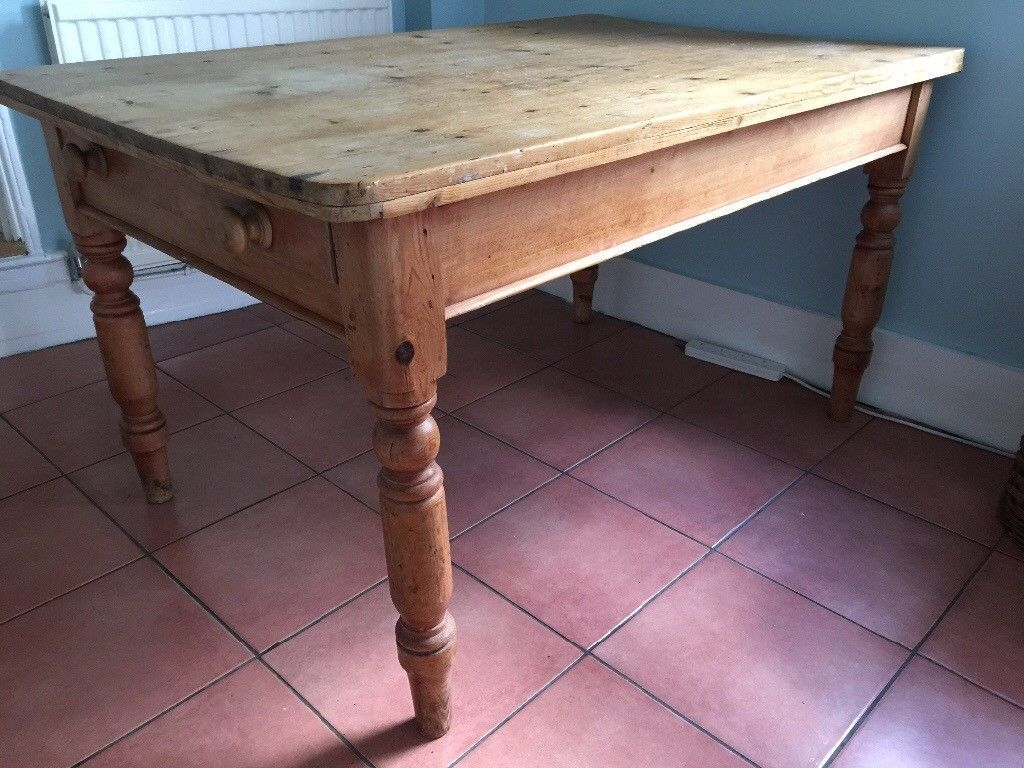 Lovely pine table with drawer for sale. Good condition