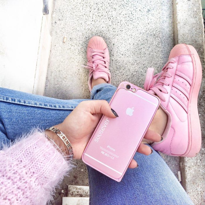 info for 36103 c82af pies de mujer con tenis adidas superstar rosa