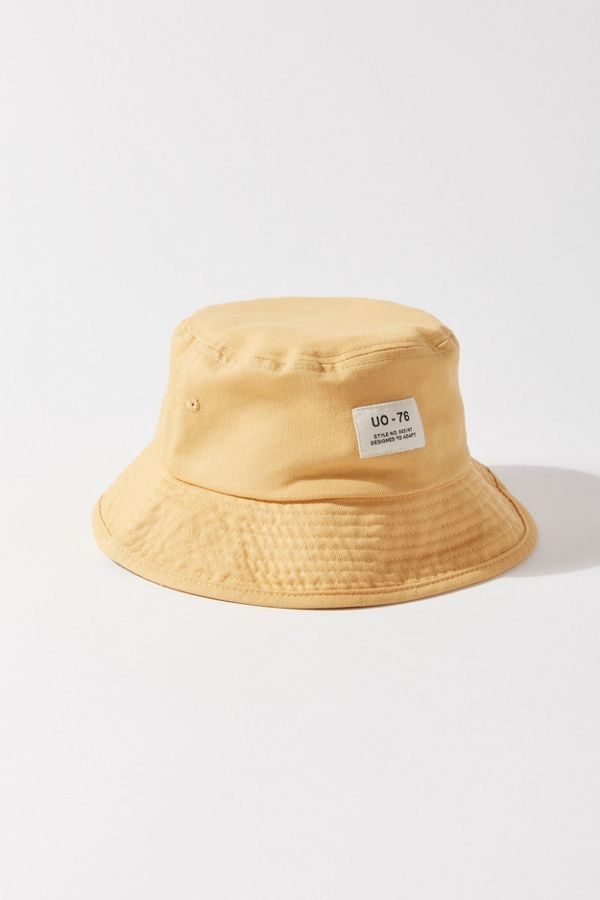 Uo Utility Bucket Hat In 2020 Outfits With Hats Bucket Hat Fashion Hat Fashion