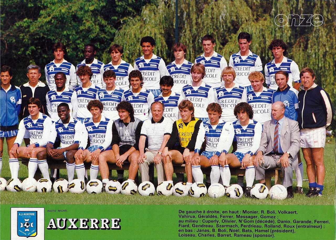 Auxerre 8485 Football memorabilia, Soccer field, Sports