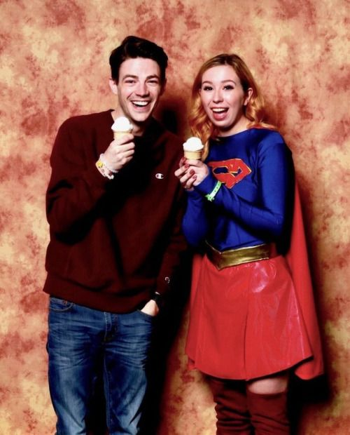 Grant gustin and fans at silicon valley comic con 2017 90 grant gustin and fans at silicon valley comic con 2017 90 m4hsunfo