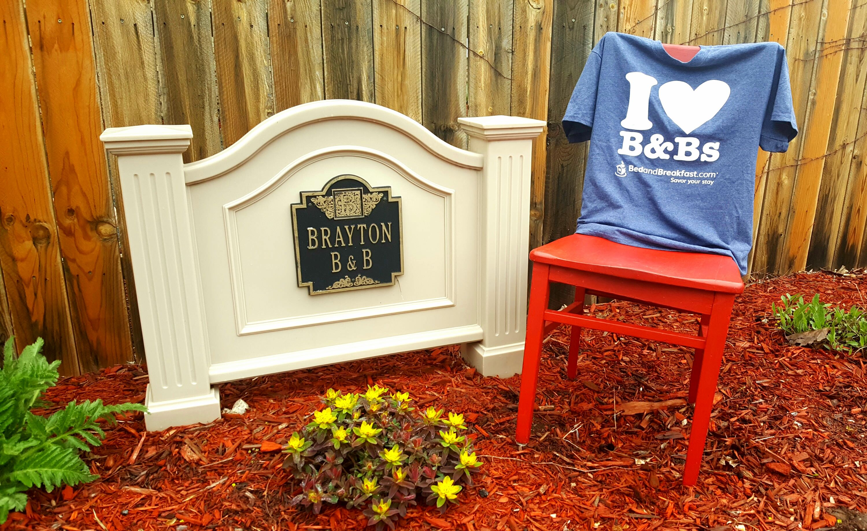 red chair travels stop at brayton bed and breakfast oshkosh eat