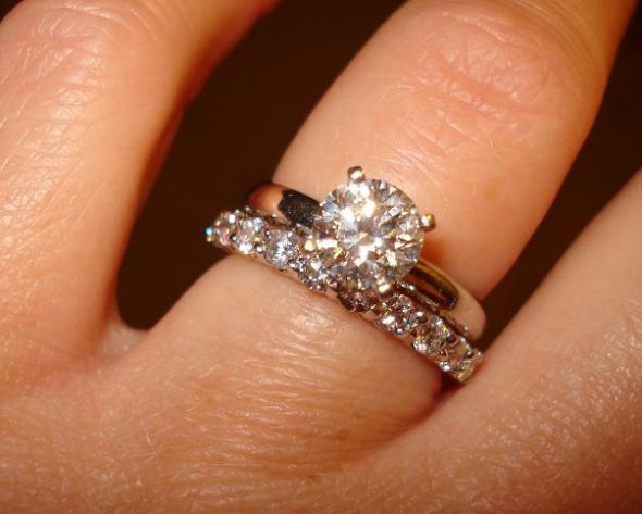 show me your solitaire engagement ring w wedding band weddingbee page 2 - Solitaire Engagement Ring With Diamond Wedding Band