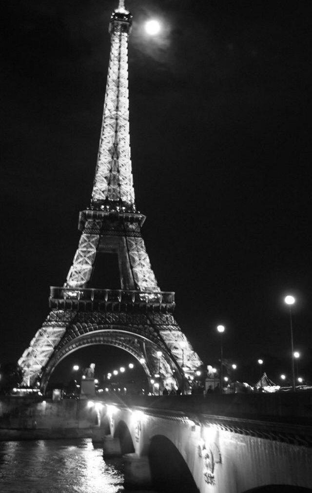 C Est L Endroit A Etre J Adore Paris Papier Peint De Paris Photographie De Paysages Tour Eiffel