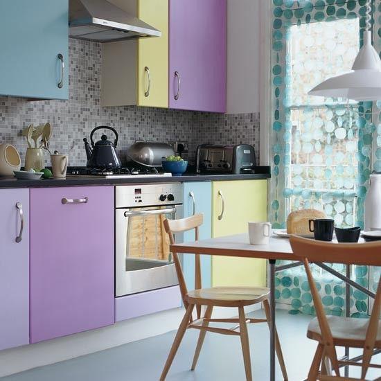 Idee per cambiare il colore della cucina http www - Cambiare colore ante cucina ...
