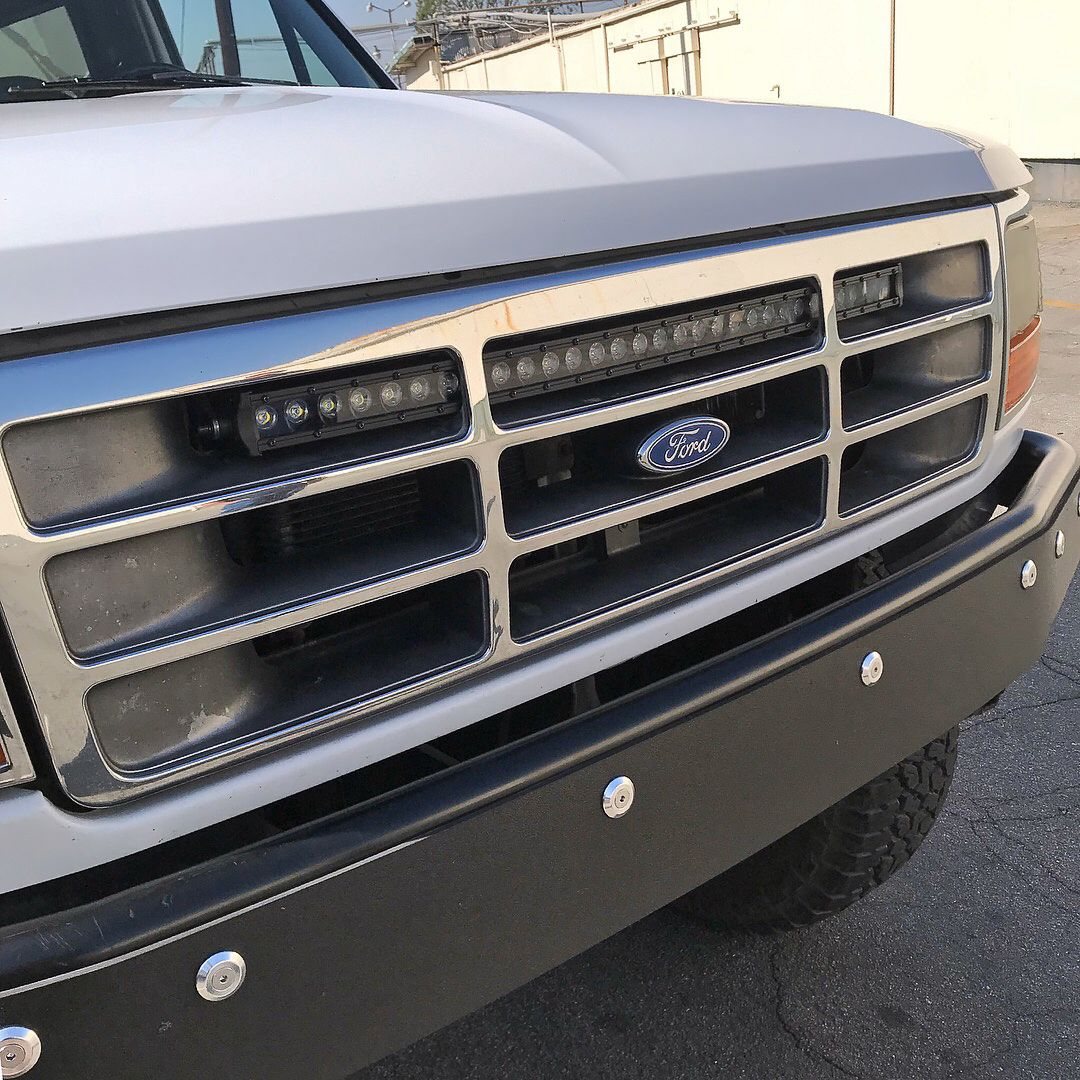 30 Single Row Led Light Bar Bracket Ford Bronco F Series Truck Solo Motorsports In 2020 Truck Accessories Ford Chevy Trucks Ford Bronco