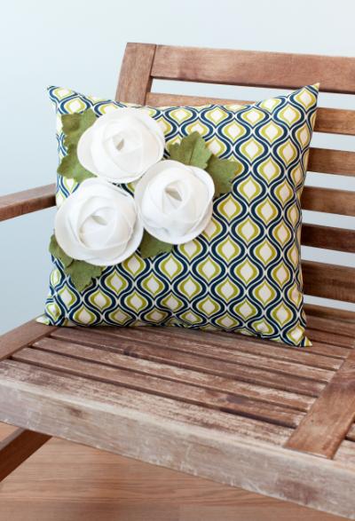 3d Floral Home Decor Cricut Cartridge Ranuncculus Pillow Make It