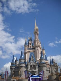 APRENDÍ QUE: jugando volvi a sacar la nina que llevo dentro. Orlando, Florida, Estados Unidos Por Judy C Ch