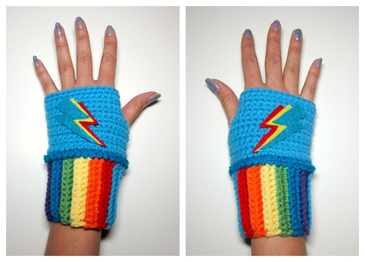 MLP Rainbow Dash Mini Wristies. Wristwarmers. My Little Pony ...