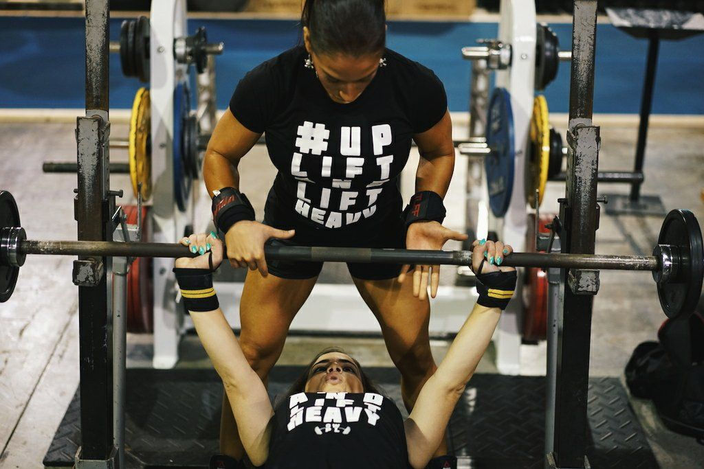 4 Tips To Increase Your Bench Press Bench Press Female Powerlifter Bodybuilding Program