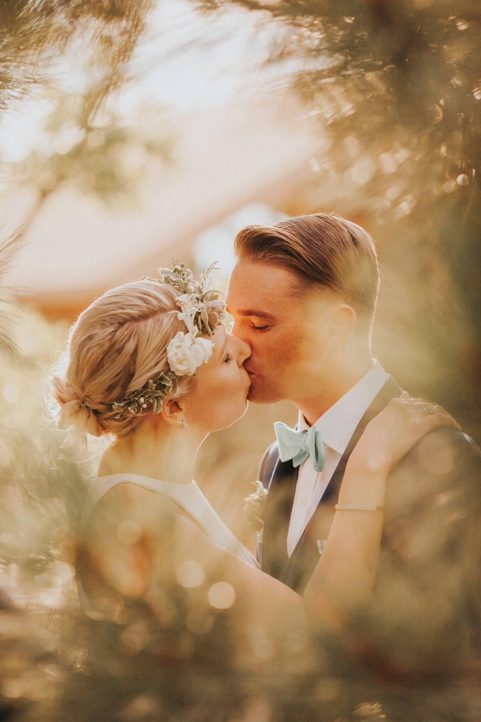 35062a8e499 Santa Fe Botanical Garden Wedding    Amy   Patrick via Rocky Mountain Bride