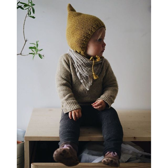 Photo of Crochet Baby Hats INK361 – The Instagram web interface