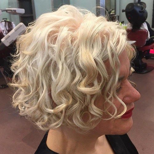 65 Different Versions Of Curly Bob Hairstyle In 2019 Curly
