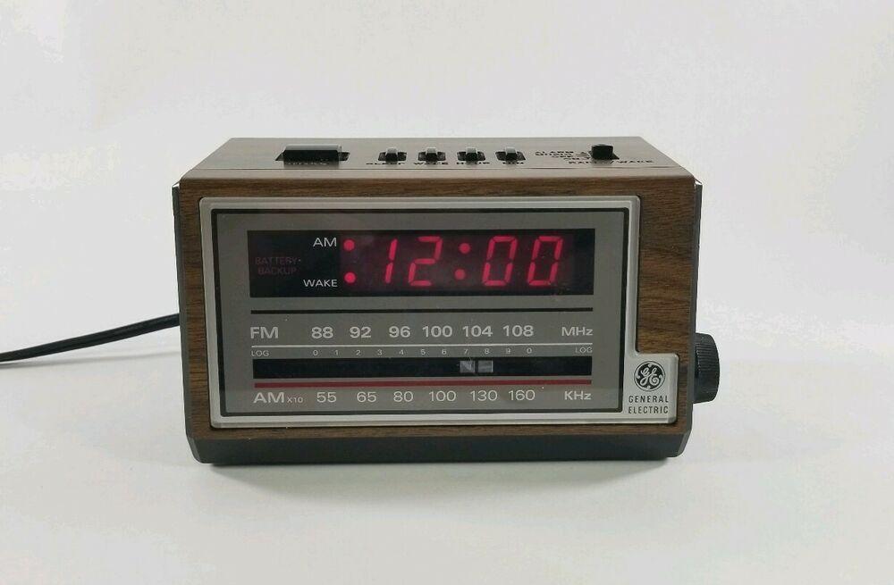 Vintage Ge General Electric Model 7 4601a Am Fm Alarm Clock Radio