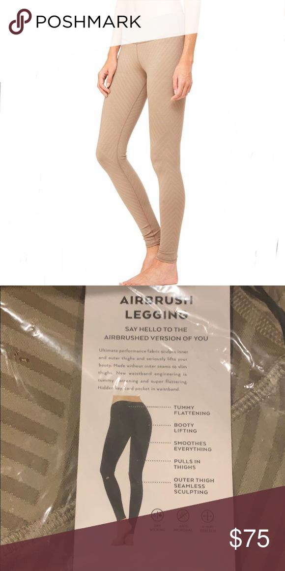 9082448ad0482 Alo Yoga Gravel Santa Fe Airbrush Legging NWT M Brand new Alo Leggings ALO  Yoga Pants Leggings