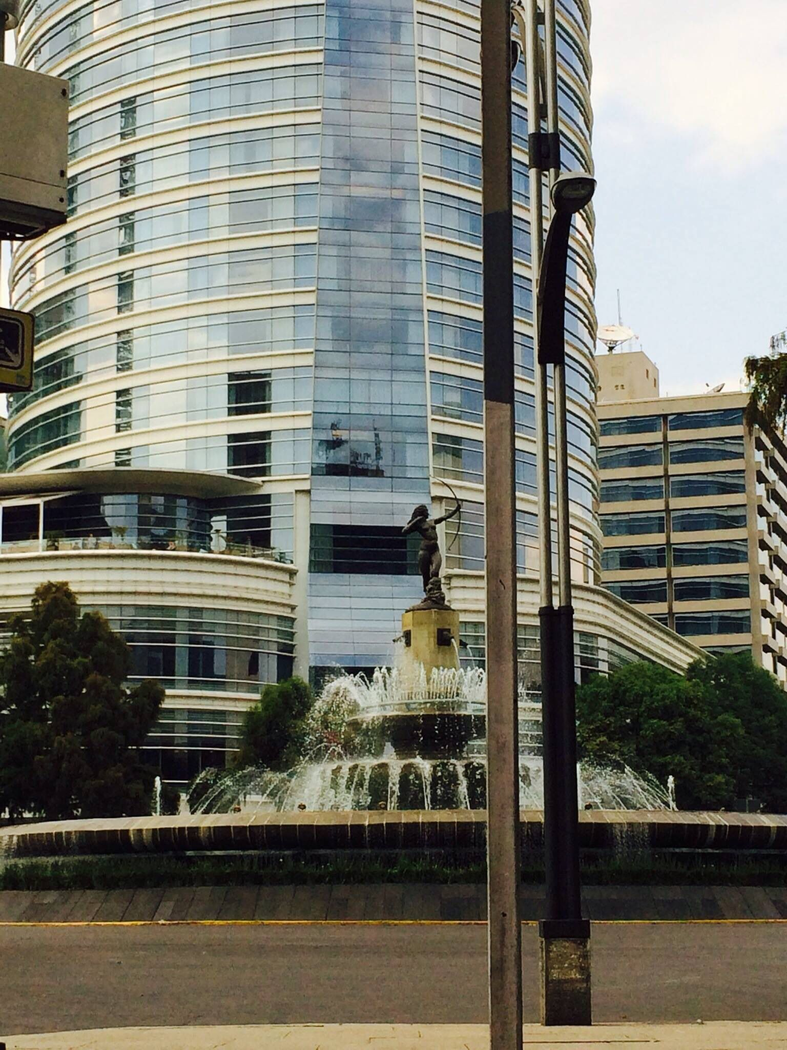 La Diana Y El Hotel St Reg S Paseo De La Reforma 2014