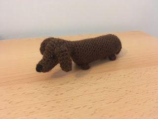 Free Amigurumi Dachshund Pattern : µfree crochet pattern amigurumi mini sausage dog croch fig
