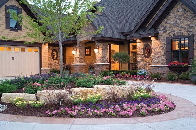 circular driveway landscaping | Driveway landscaping with rocks ...