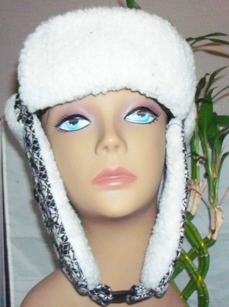SNOWFLAKES COLLECTION  EIGHTEEN TRAPPER HAT FULLY LINED WITH EAR FLAPS  NWT  #COLLECTIONEIGHTEEN #AviatorTrapper #Freeshippijng!!!