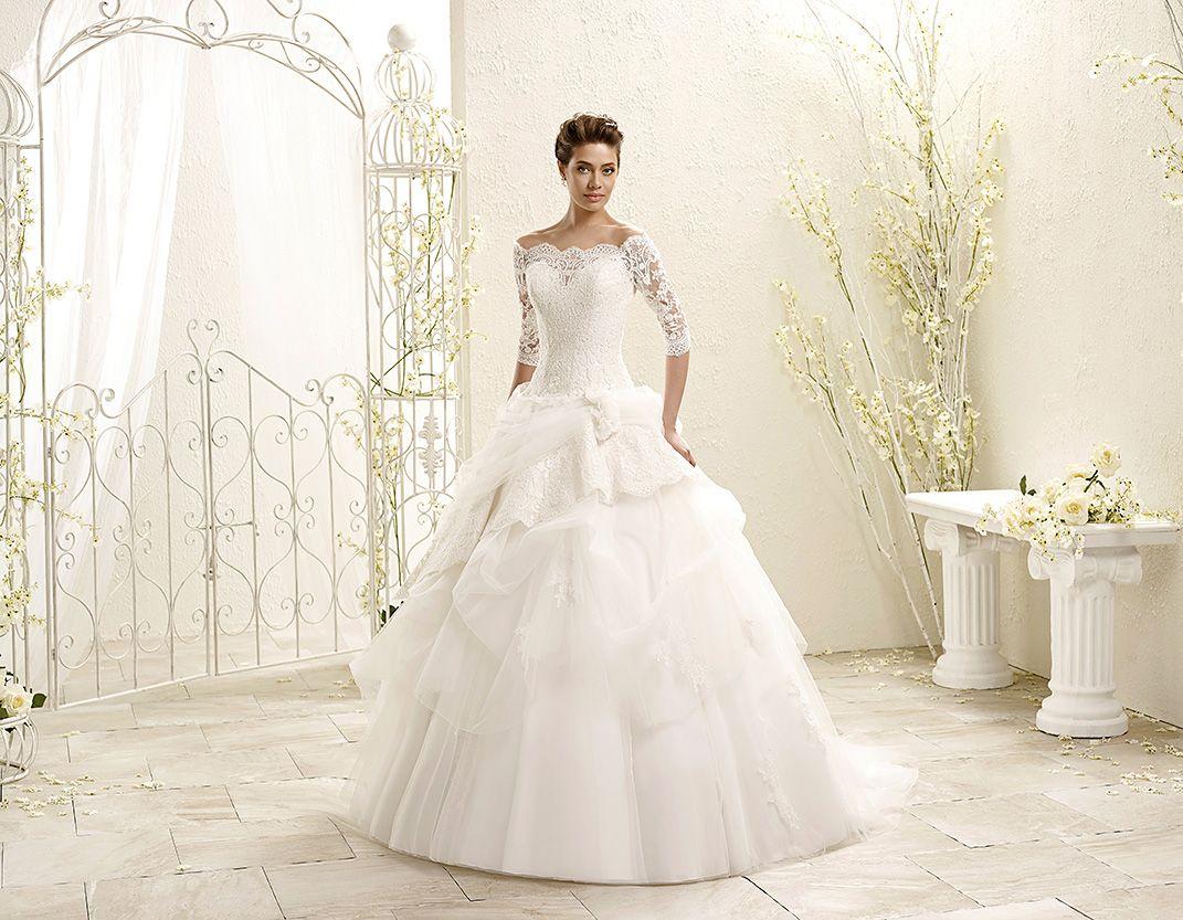 Lace dress nigeria  Wedding Dress   Wedding dress and Weddings