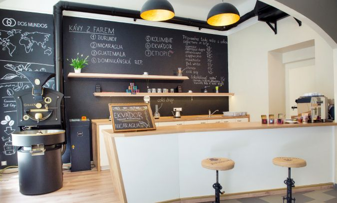 Coffee Mania Heats Up in Prague - DOS MUNDOS - to try cold press coffee