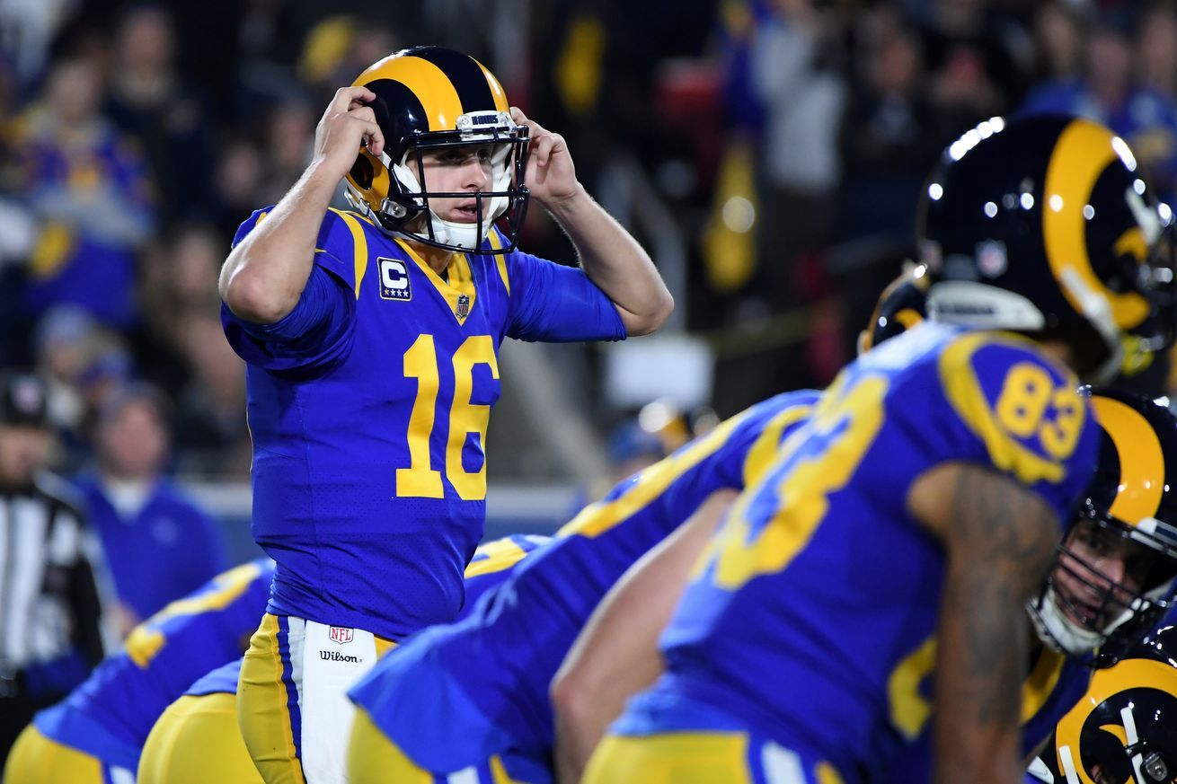 The Rams Will Wear Blue And Yellow Throwbacks Vs The Patriots In Super Bowl 53 All Sports Games And Sports Hd Streaming Chan Super Bowl Throwback Patriots